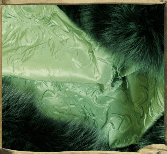 Throw in Spring ANNAM silk relief backed in fox fur.